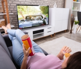 You May be Eating More When You Eat While Watching TV