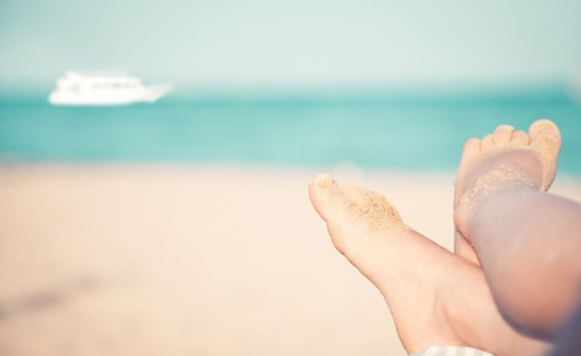 Sunburns in Adolescents and Adults, Increase Risk of Melanoma by 80 Percent
