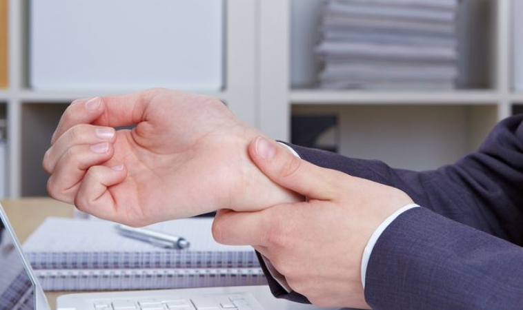 Links Between Migraines and Carpal Tunnel Syndrome