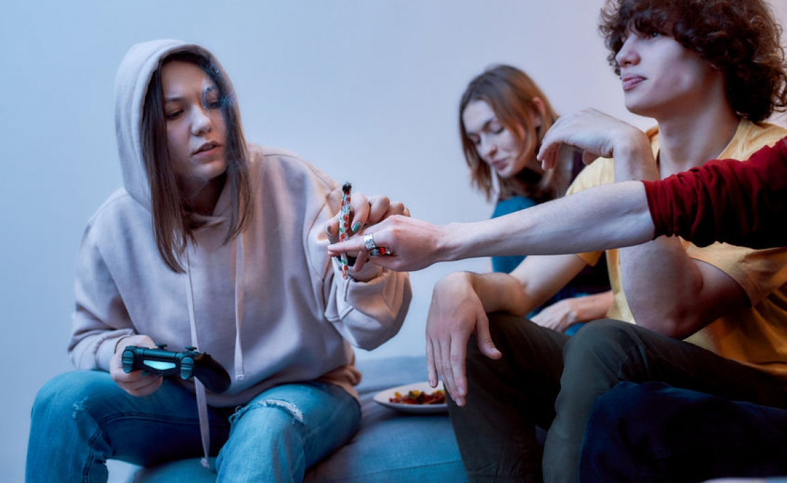 Cannabis Use in Teens Linked to Decline in IQ