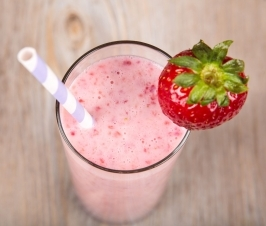 This Strawberry French Toast Warrior Smoothie Will Protect You All Morning Long!