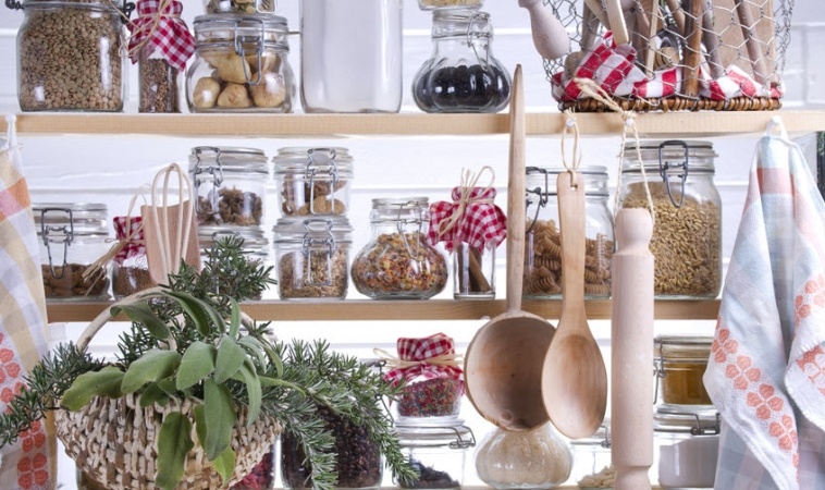 12 Pantry Staples For a Healthy Diet