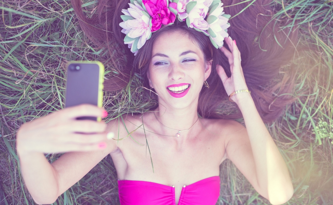 15 Natural Beauty Hacks Brought to You by the Internet