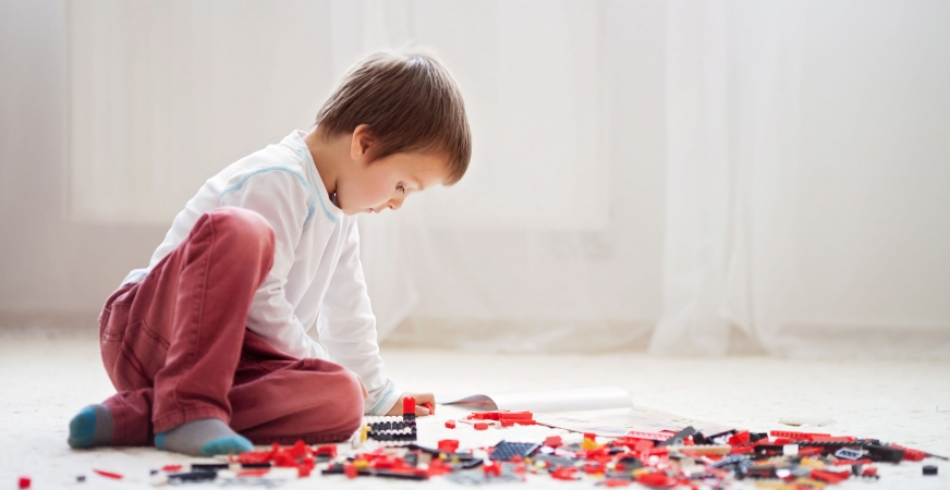 Pediatricians Give False Security to Parents During 'Doctors Swallow Lego for Science' Project