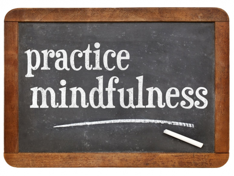 Flipping the Switch to Mindfulness with 5 Daily Mindful Practices