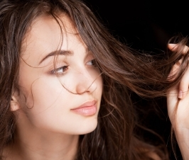 The Cosmetic Use of Castor Oil: The Incredible Vegetable Oil (Part 3)