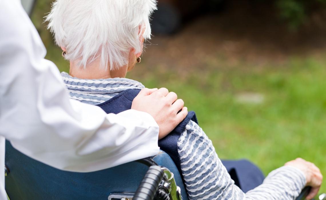 Calcium Supplements Linked to Dementia Risk in Women