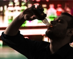 DNA Changes from Heavy Drinking May Increase Cravings for Alcohol