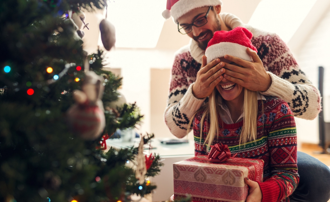 What Essential Oils to Use for Holiday Related Stress