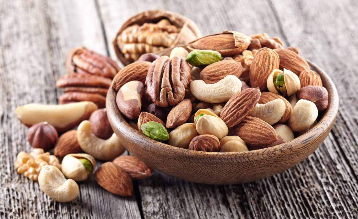 Eating Nuts Decreases Risk of Cardiac Death