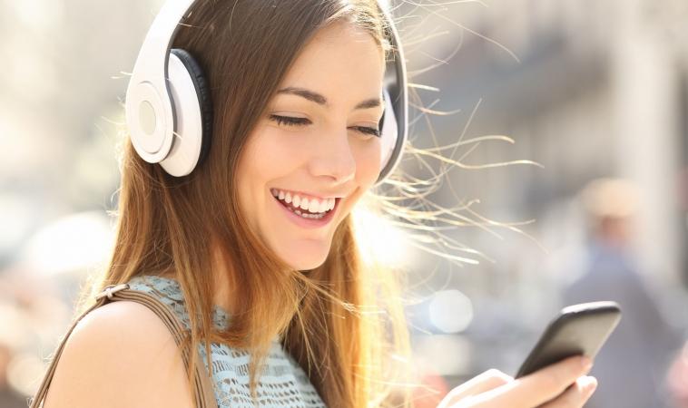 Could EMFs from Wireless Headphones be Hazardous?