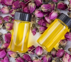 "Mind-Body Connection 101: How Essential Oils Can Change Your Brain's Biochemistry, Beyond ""Belief"""