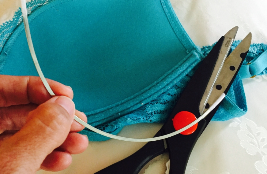 6 Best Practices for Healthy Breasts & One Amazingly Simple Bra Hack