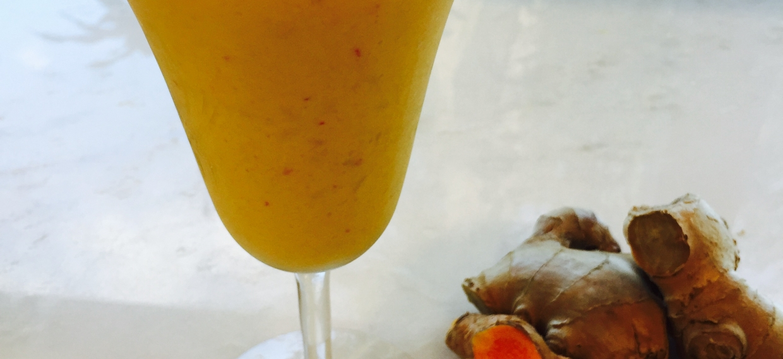 Golden Mango Turmeric Smoothie