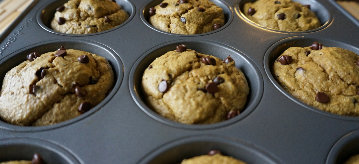 Healthy Chocolate Chip Pumpkin Muffins